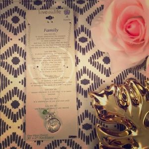 Jewelry - NWT Sterling silver Family necklace